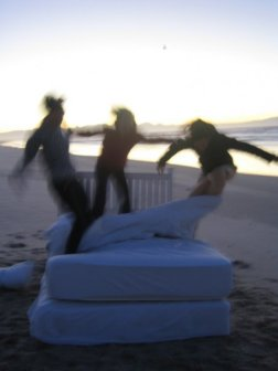 Bed Jump Surfers Behind the Scenes!